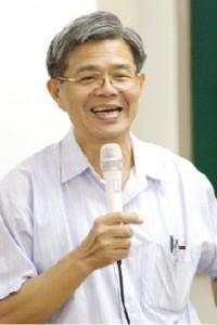 第一屆理事長 張德聰老師